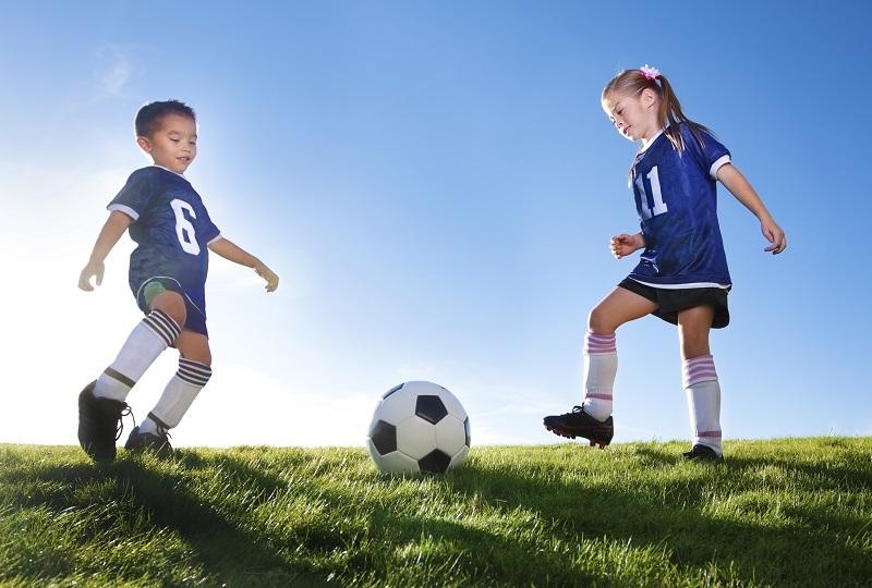 Tips for Teaching Children Good Sportsmanship
